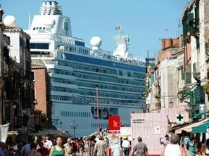 Mediterranean Cruises - Italy to Impose Venice Cruise Ship Restrictions | Cruise Ship Health and Safety | Scoop.it