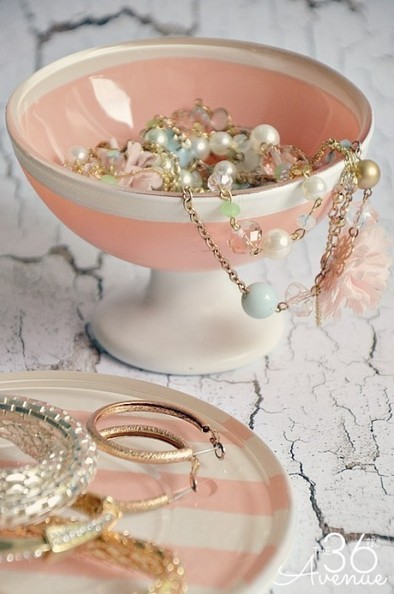 DIY Jewelry Holder Tutorial | Bazaar | Scoop.it