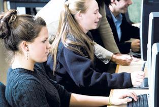self-teaching, self-learning: FORMATIONS VEILLE | Chef de projet en ligne | Scoop.it