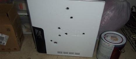 L'idiot du jour : son PC rame, il l'abat de huit balles | WebZeen | L'actu Web | WebZeen | Scoop.it