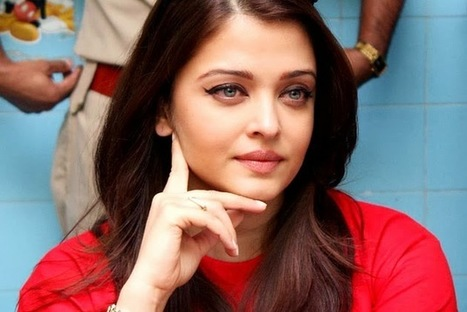 Aishwarya Rai Bachchan - who has successfully completed her transition into a 'yummy mummy' - 99share.in   Latest In Bollywood   Scoop.it