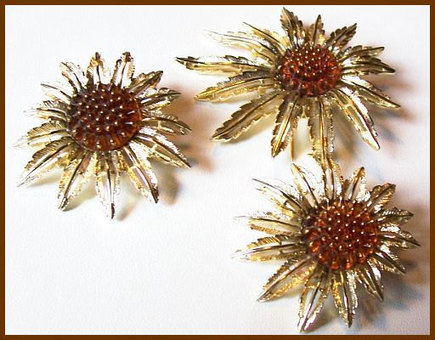 Vintage Brooch Earring Set Amber Sunflower Sarah Coventry Mid Century Designer Jewelry VG | Sunflowers | Scoop.it