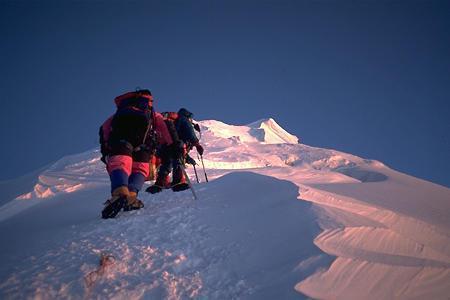 Un Tweet émis depuis le sommet de l'Everest ! | Mais n'importe quoi ! | Scoop.it