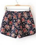 Navy Elastic Waist Floral Shorts from yourfashionsandcute | bebpiloo | Scoop.it