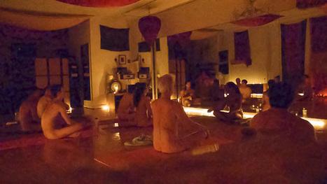 YNA Guide to Naked Yoga | NYC | Nude Yoga | Meditation | Topfree Yoga | Nudism, Topfreedom, & More | Scoop.it