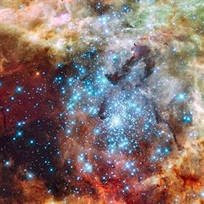 Hubble takes an amazing photo of two colliding star clusters   ciberpocket   Scoop.it