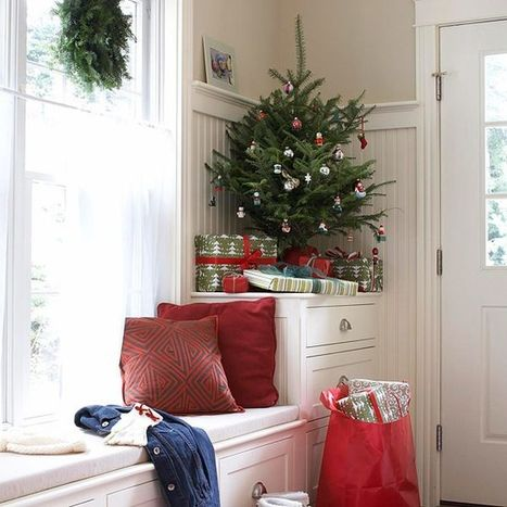 6 Ways To Decorate With Mini Christmas Trees   Annie Haven   Haven Brand   Scoop.it