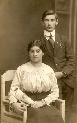 Valentine's Day: Love through family history | Slovenian Genealogy Research | Scoop.it