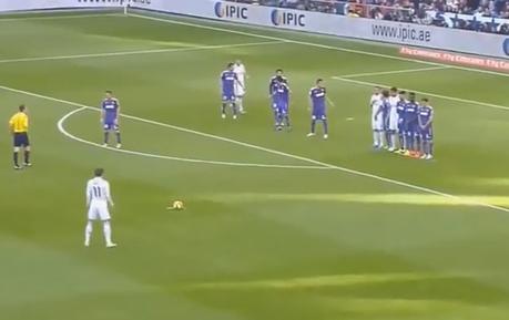Like A Rocket! Gareth Bale's Incredible Freekick Goal Against Espanyol | The Football Vault | Scoop.it