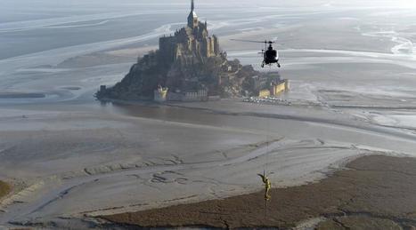 En images. L'archange du Mont-Saint-Michel s'est envolé dans le ciel | Voyages et Gastronomie depuis la Bretagne vers d'autres terroirs | Scoop.it