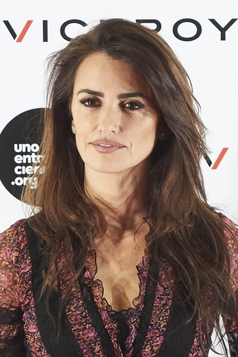 Zoolander No 2 actress Penelope Cruz at Soy Uno Entre Cien Mil Photocall at Academia De Cine in Madrid | Showbiz | Scoop.it