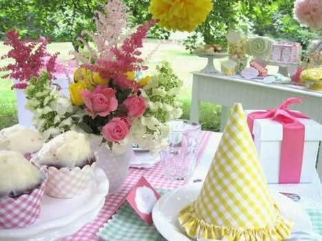 Oh One Fine Day: TEA PARTIES and LITTLE GIRLS | Candy Buffet Weddings, Events, Food Station Buffets and Tea Parties | Scoop.it