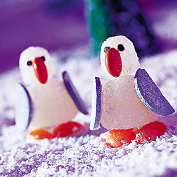 Edible Christmas Decorations: Gumdrop Penguins | Spoonful | Christmas Goodies | Scoop.it
