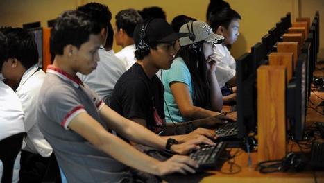 Les «usines à clics» tournent à plein régime aux Philippines - Asie-Pacifique - RFI | INFORMATIQUE 2015 | Scoop.it