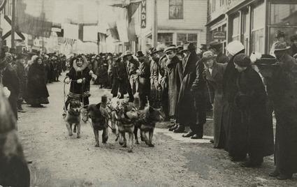 natgeofound: A female musher - 1919 - Alaska | Hurtigruten Arctique Antarctique | Scoop.it