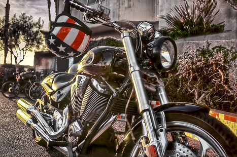 How to Buy and Care for Your Motorcycle Helmet | YouMotorcycle | Used cars and bikes | Scoop.it