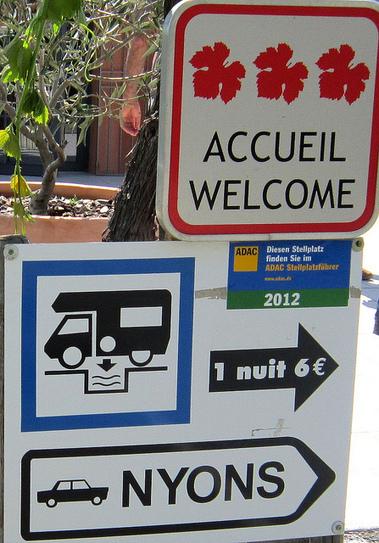 La saison touristique d'été et le mercato de l'Olympique Lyonnais à la Une de LYonenFrance | LYFtv - Lyon | Scoop.it