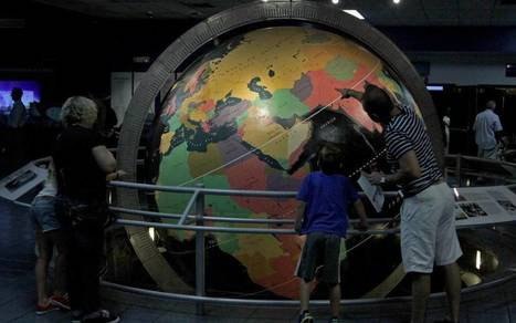 Miami science museum closes after 5 decades before move downtown - Miami Herald | CLOVER ENTERPRISES ''THE ENTERTAINMENT OF CHOICE'' | Scoop.it