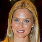 Bar Refaeli : Divine ''housewife'' pour Passionata, sage avec son père | Starsnews | Scoop.it