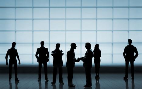 Blog aziendali: contenuti fatti in casa o su commissione? | Il web writing in Italia by Contenuti WEB | Scoop.it