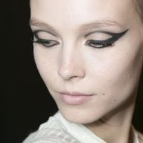 This Fall Eye Makeup Trend Is the Cat's Meow | Beauty | Scoop.it