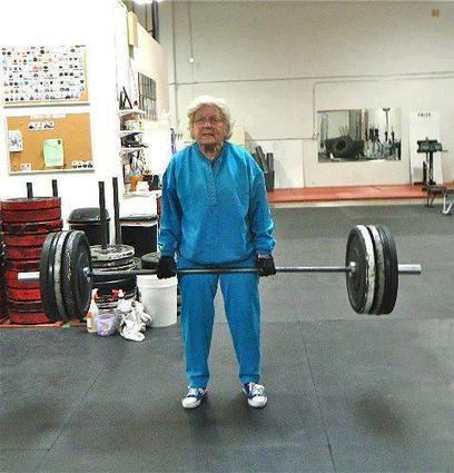 Grand mère en forme   Trollface , meme et humour 2.0   Scoop.it