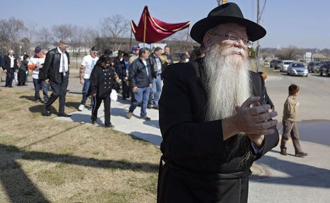 Tulsa's Orthodox Chabad congregation welcomes new Torah scroll - Tulsa World | Social Networks and Learning in the orthodox communities | Scoop.it