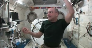 Making Up Yo-Yo Moves…in Space | Science In The News | Scoop.it