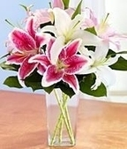 Beautiful Lilly Glass Bouquet | Send Flowers to Hyderabad | Scoop.it