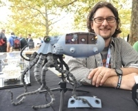 "Maker Faire New York: Sean Charlesworth's ""Octopod"" 