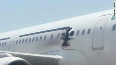Airport workers seen with laptop in Somalia jet blast - CNN.com | Maritime security | Scoop.it
