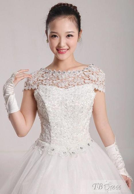 Vintage Lace Floor-Length Princess Wedding Dress | la mode | Scoop.it