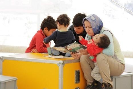Socialter, le magazine de l'économie nouvelle génération - L'Ideas Box, la bibliothèque tout terrain au service des réfugiés   Lecteurs en communautés et lecture sociale   Scoop.it