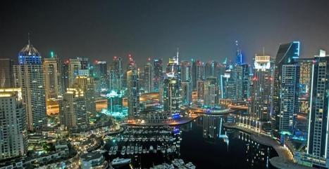 Dubaï disparaît dans une tempête, une vidéo stupéfiante | Les Emirats arabes unis : progrès, démesure et inégalités. | Scoop.it