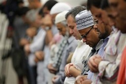 Why Islamists Don't Have the Right to Build Mosques, Proselytize Or Institute Sharia Law In America | Restore America | Scoop.it