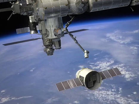SpaceX Dragon 2 Arrives at Launch Site : Discovery News | Planets, Stars, rockets and Space | Scoop.it
