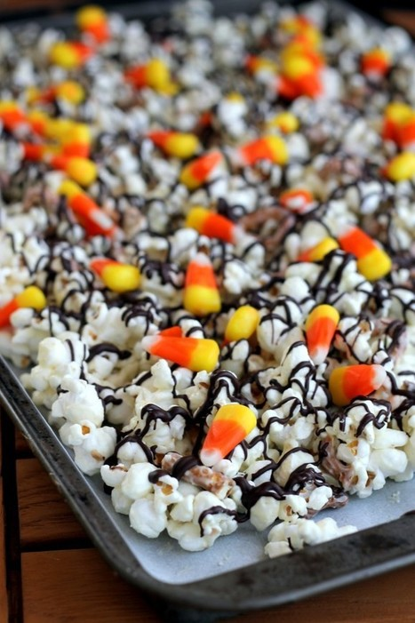 White Chocolate Candy Corn Popcorn - Bakerita | Halloween Crafts, Decorations, Costumes And Treats | Scoop.it