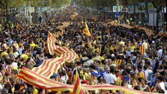 A 250-mile show of support for Catalonia independence | Geography Education | Scoop.it