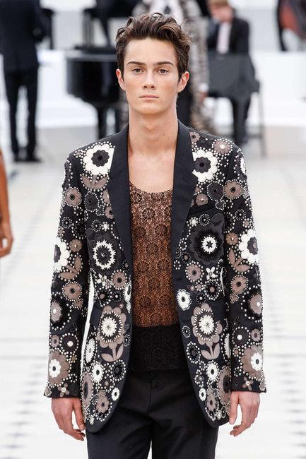Burberry va présenter sa nouvelle collection en avant-première sur Snapchat | fashiontopics | Scoop.it