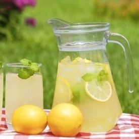 If Your Job Gives You Lemons, Make Lemonade (and Start Selling it on the Side)   Life @ Work   Scoop.it
