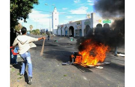 At least 35 killed in riots in Tunisia: Rights group | Coveting Freedom | Scoop.it