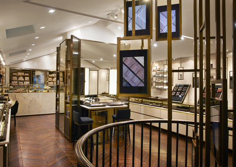 Burberry Creates Digitally Enhanced Beauty Store | Shopping Malls in the Social Web Era | Scoop.it