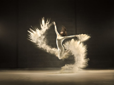 Elegant Photos of a Dancer Flinging White Powder | Brussels in photographs | Scoop.it