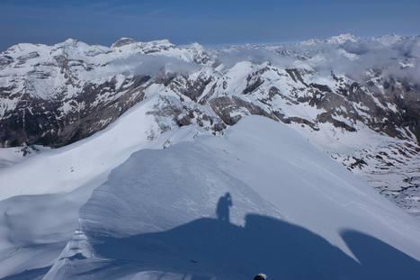 Encore un peu l'hiver à la Munia le 23 mai - Vivien Horcholle | Facebook | Vallée d'Aure - Pyrénées | Scoop.it