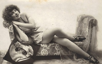 1920s Woman Lounging In Lingerie | Lingerie Love | Scoop.it