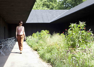 """I Hope People Relax Here"" - Interview with Peter Zumthor About Serpentine Gallery 
