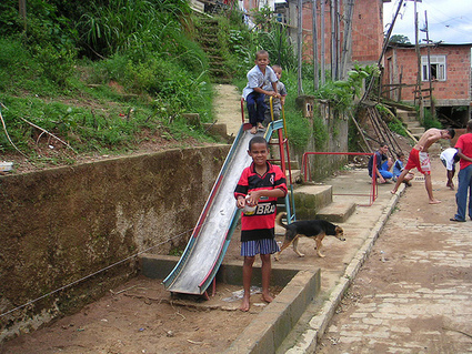 Stabilizing & greening the favelas: Rio's formidable challenge | Kaid Benfield's Blog | Switchboard, from NRDC | Sustainable Futures | Scoop.it