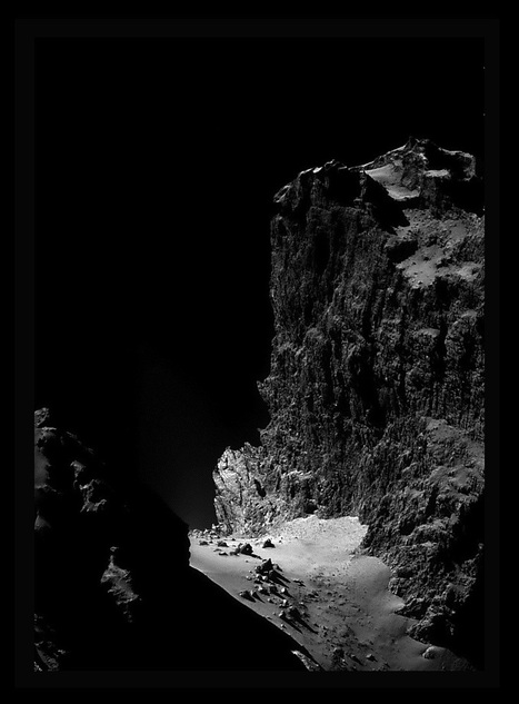 The Cliffs of Comet Churyumov–Gerasimenko | Astronomy Domain | Scoop.it