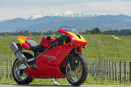 2009 595 Supermono Strada | Phil Aynsley Photography | Desmopro News | Scoop.it