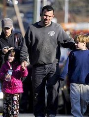 » Sandy Hook and Facebook: A Nation Grieves through Social Media - World of Psychology | Psychology and Social Networking | Scoop.it